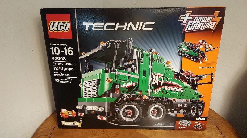 lego-42008-front-box