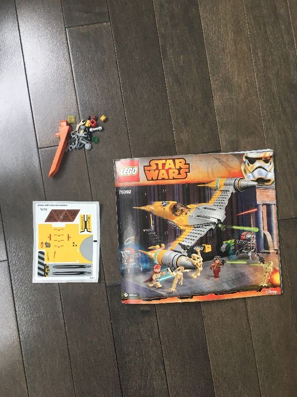 LEGO Star Wars Naboo Starfighter 75092 Building Kit Review
