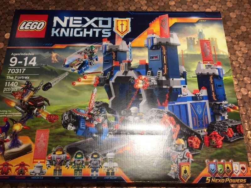 lego-70317-front-box
