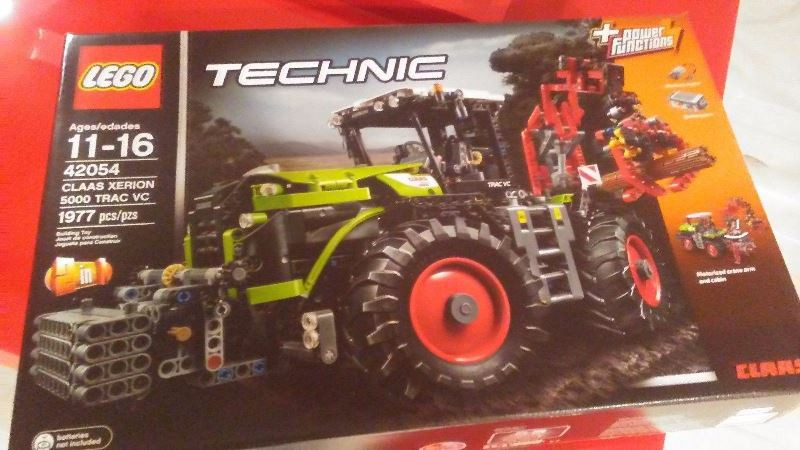 LEGO Technic CLAAS XERION 5000 TRAC VC 42054 Advanced