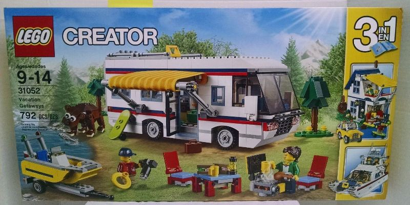 lego-31052-front-box