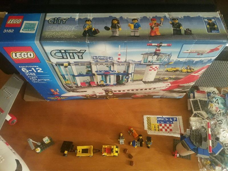 lego-3182-front-box