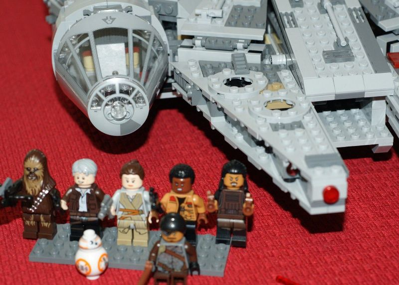 LEGO Star Wars Millennium Falcon 75105 price