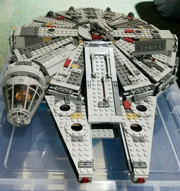 LEGO Star Wars Millennium Falcon 75105 review
