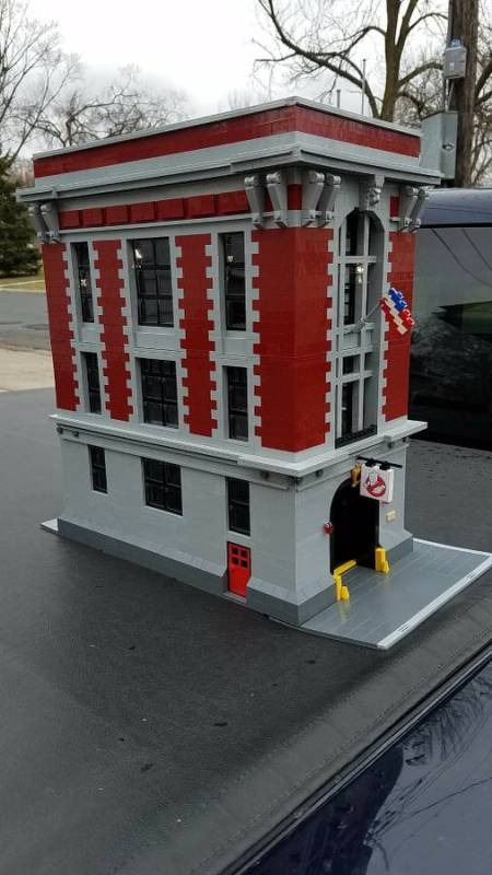 lego-ghostbusters-firehouse