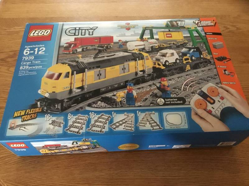 lego-7939-front-box